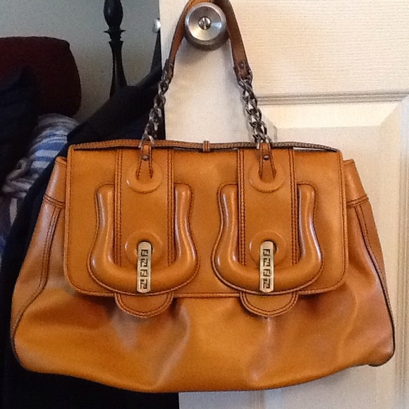 3a03a960f08c Fendi Handbags - FENDI LEATHER B BAG LEATHER SATCHEL PURSE